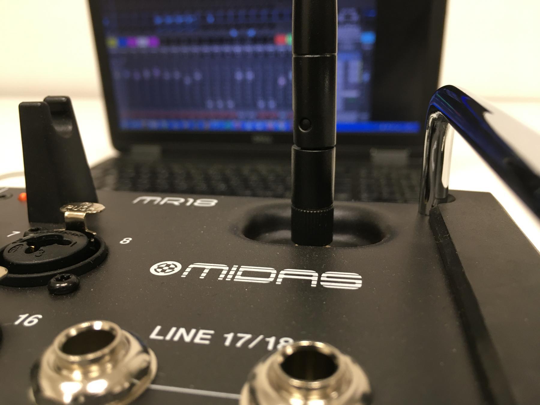 Kuidas uuendada Midas MR18 tarkvara?